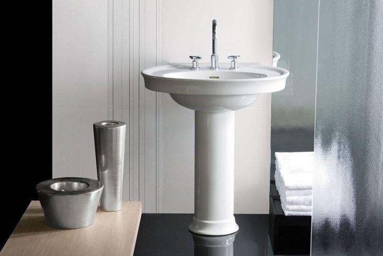 Altezza dei lavabi da terra qual l altezza giusta per il lavabo del bagno lavandini - Piastrelle bagno altezza giusta ...